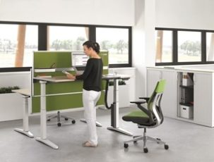 Stand up and stand out! Ology, the desk that helps create a health conscious environment