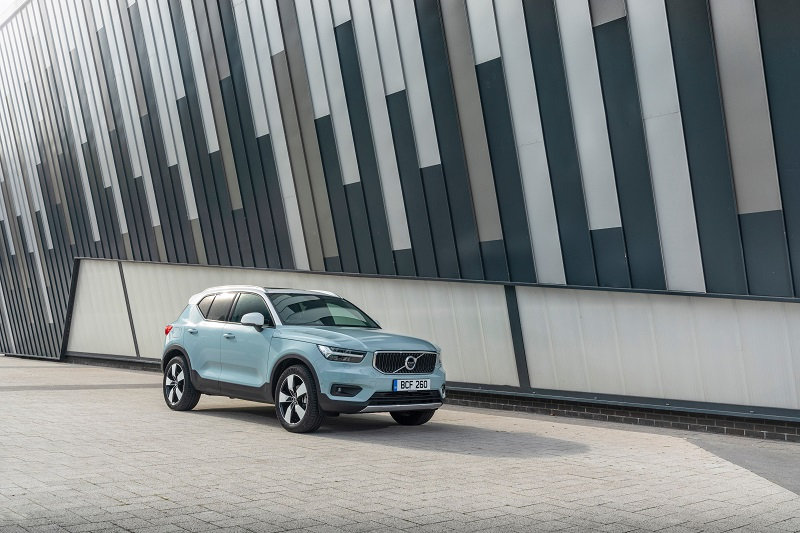 VOLVO'S UK NEW CAR SALES REACH 29-YEAR HIGH