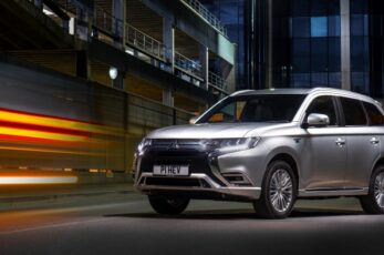 Mitsubishi Outlander PHEV tops Europe's plug-in hybrid sales charts year-to-date